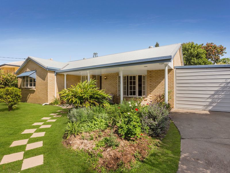 49 Roseberry Parade, Wynnum West