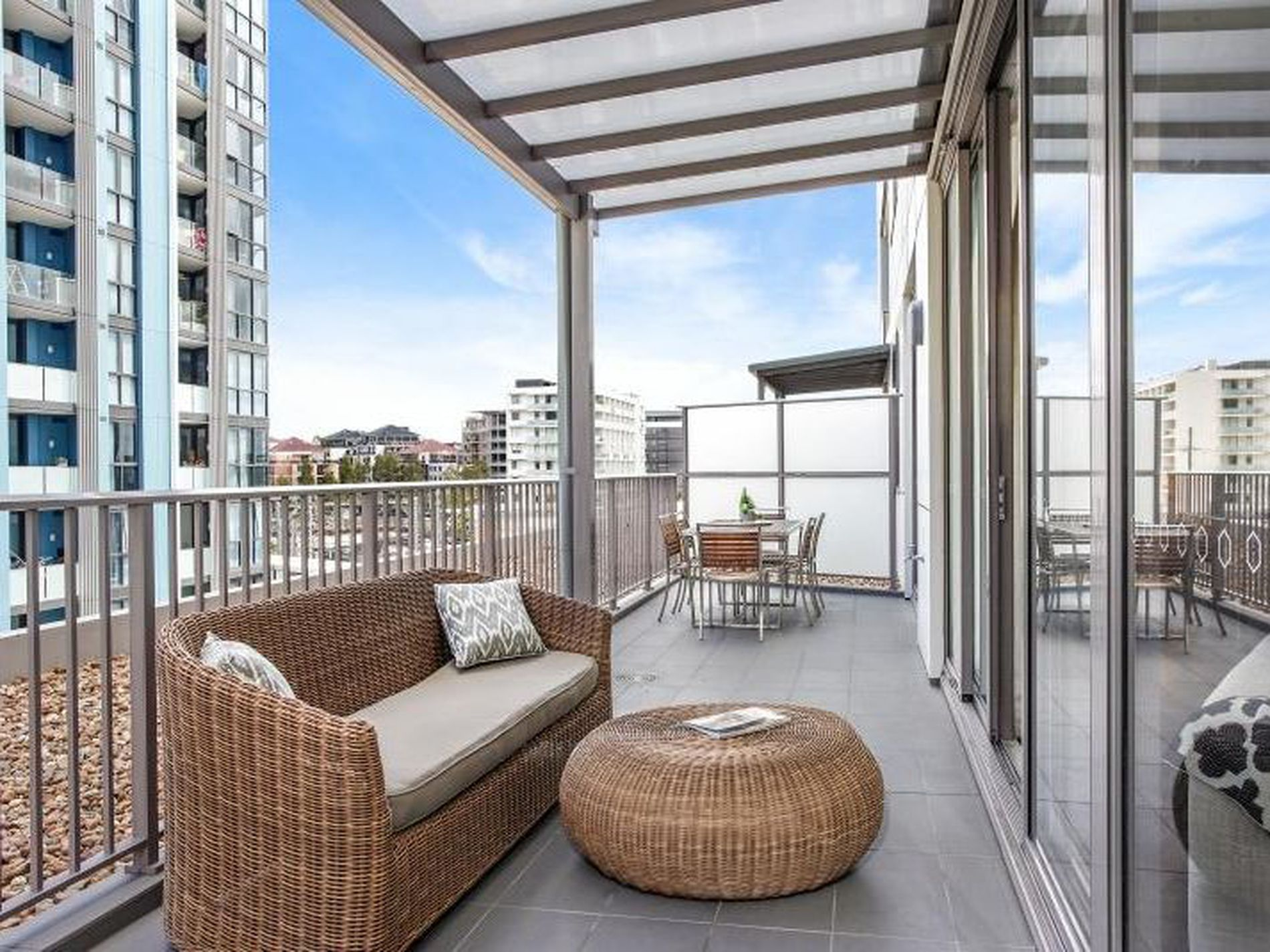 206 / 2 Discovery Point Pl, Wolli Creek