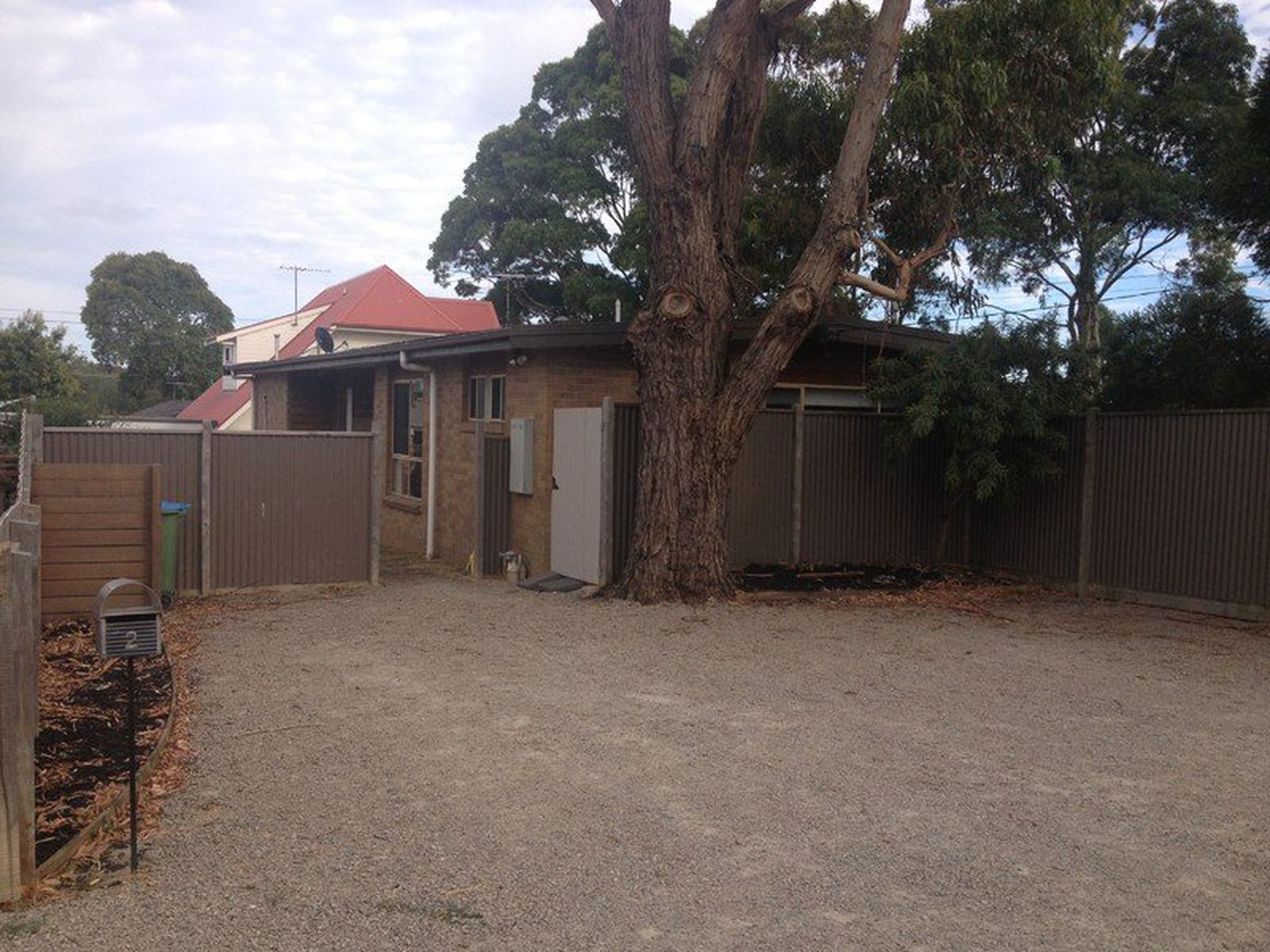 2 Bentley Road, Mccrae