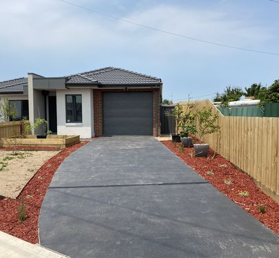 9A Laurence Avenue, Airport West