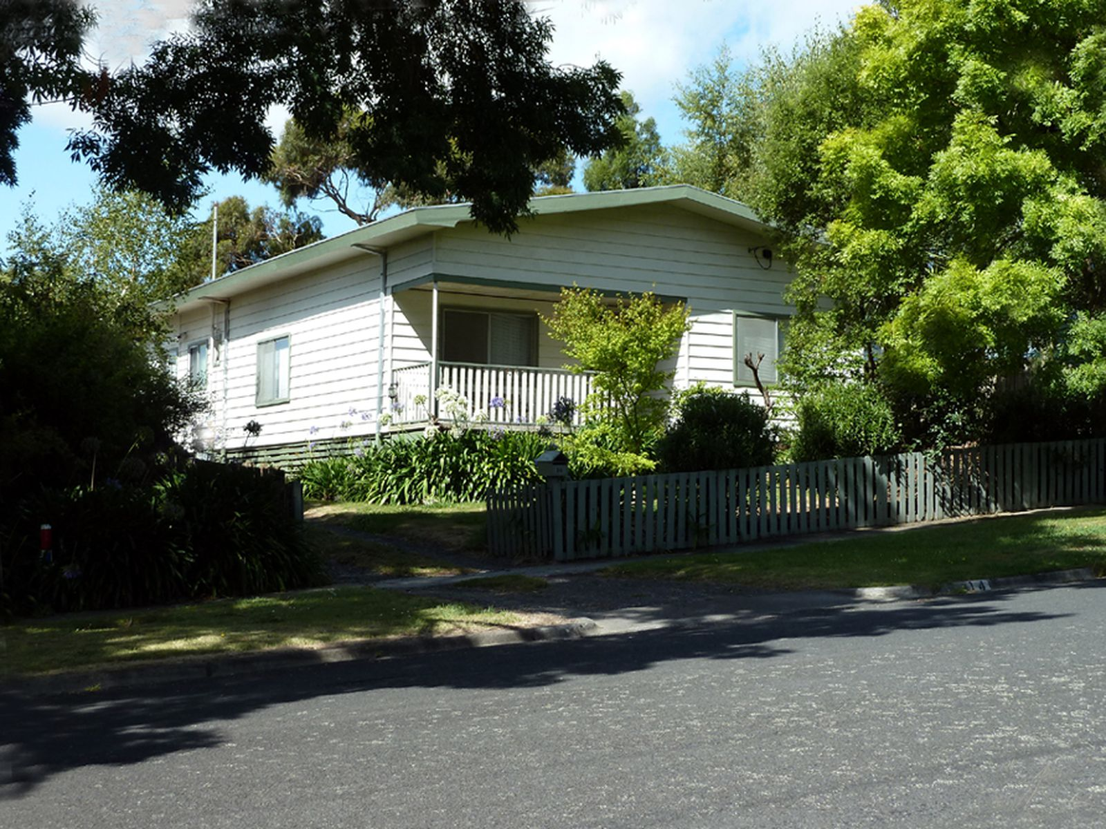 14 Gordon Street, Korumburra