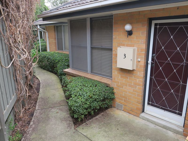 Villa 3 / 2  Marlborough Street, Mont Albert