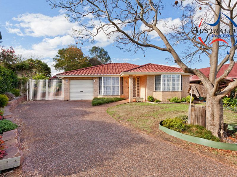 60 Explorers Way, St Clair