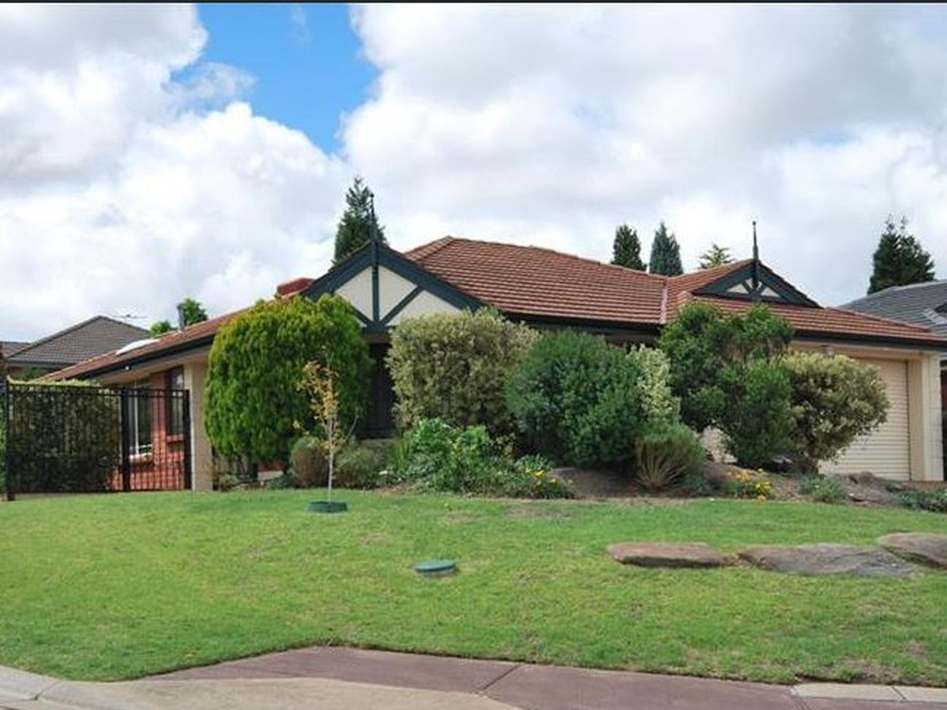 9 Holly Place, Golden Grove