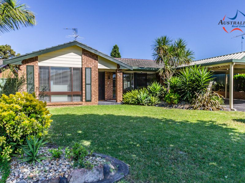 130 Pine Creek Circuit, St Clair