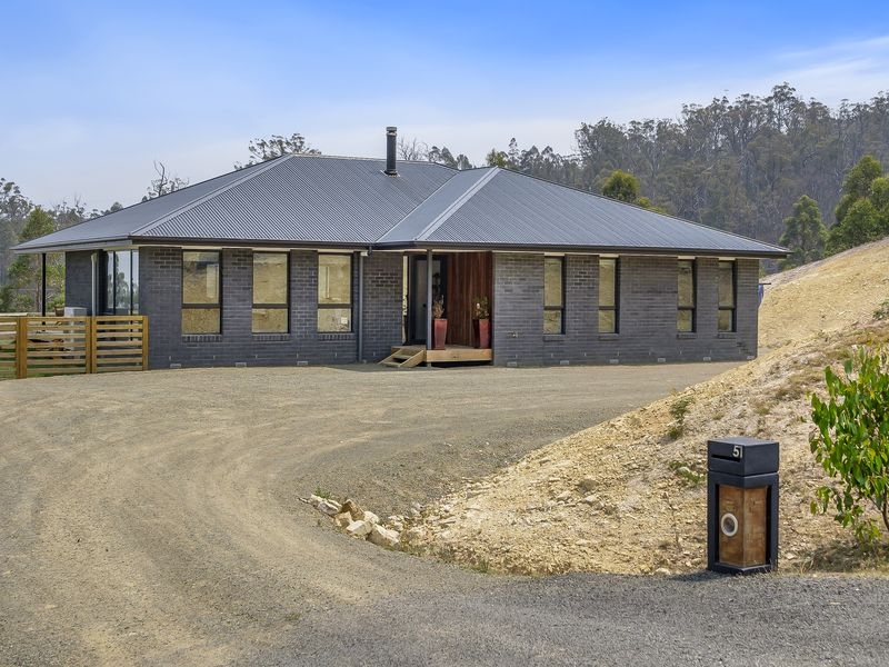 51 Snowy View Heights, Huonville