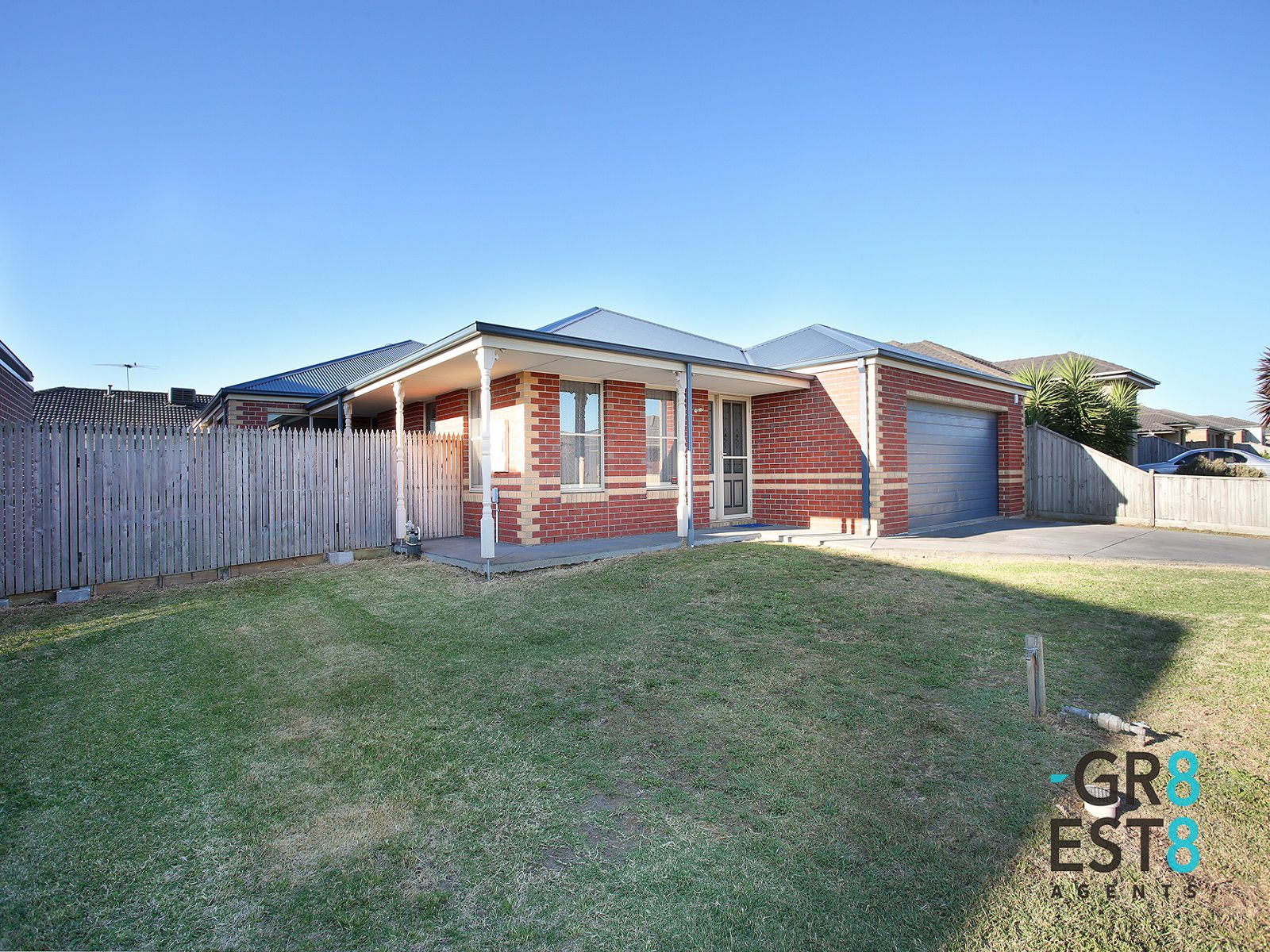 42 Westmoreland Avenue, Cranbourne North