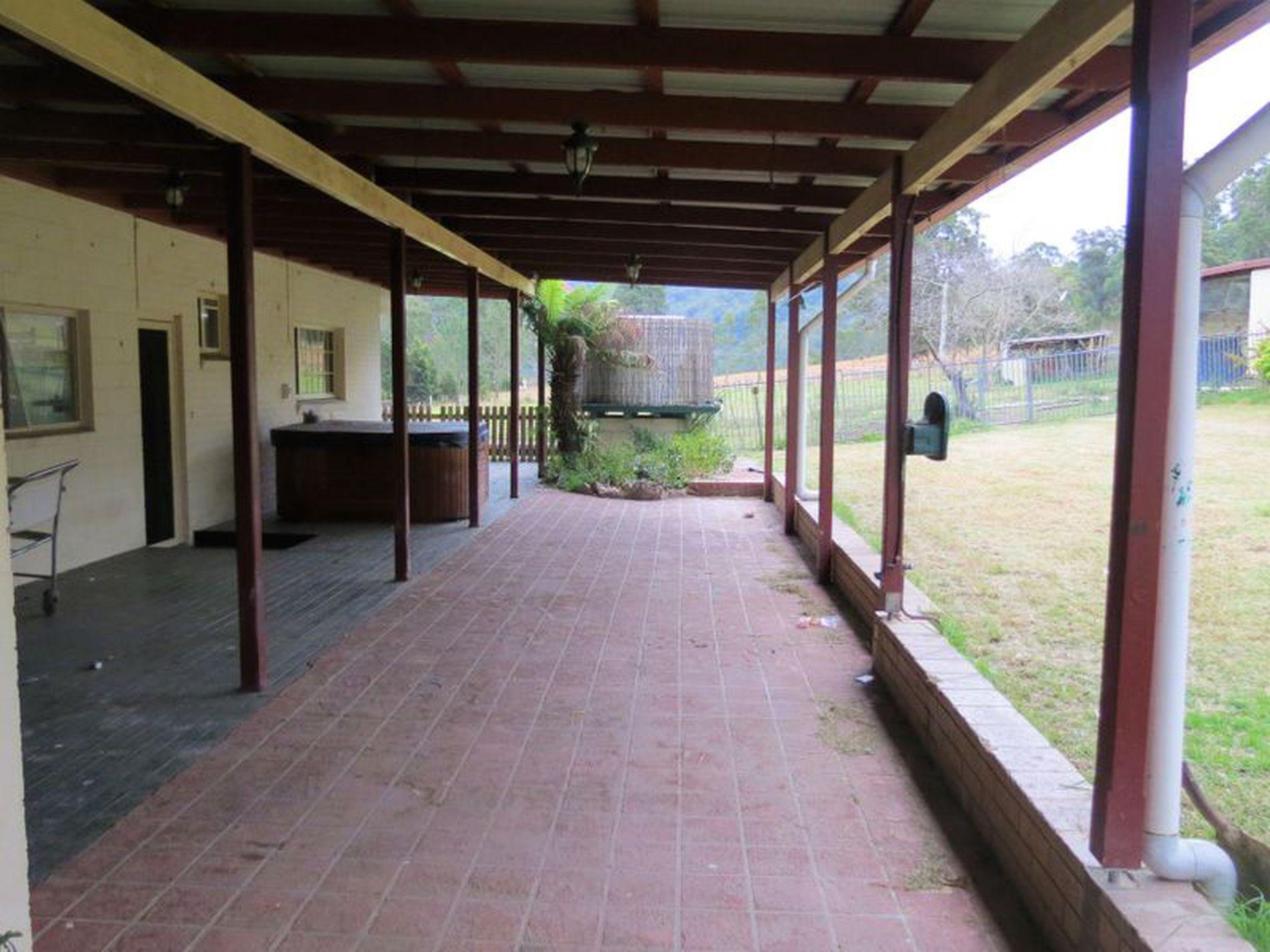 4798 The Bucketts Way, Kundibakh