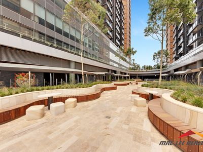 1910 / 486 Pacific Highway, St L...