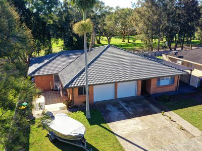 22 Fairway Crescent, Forster