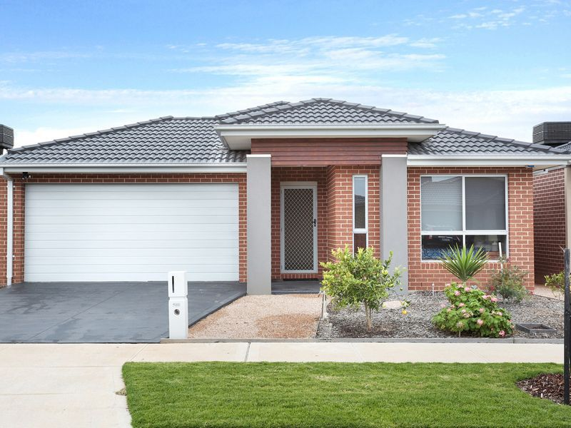 8 Everly Way, Point Cook