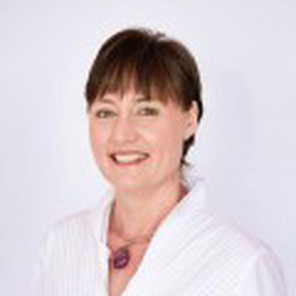 Leeanne Westgarth