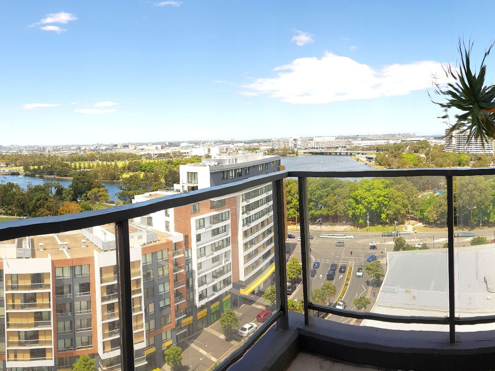 A1304 / 35 Arncliffe Street , Wolli Creek