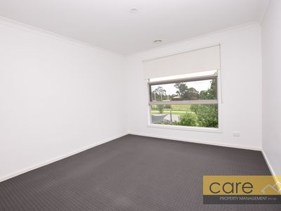 103 Kingdom Drive, Cranbourne