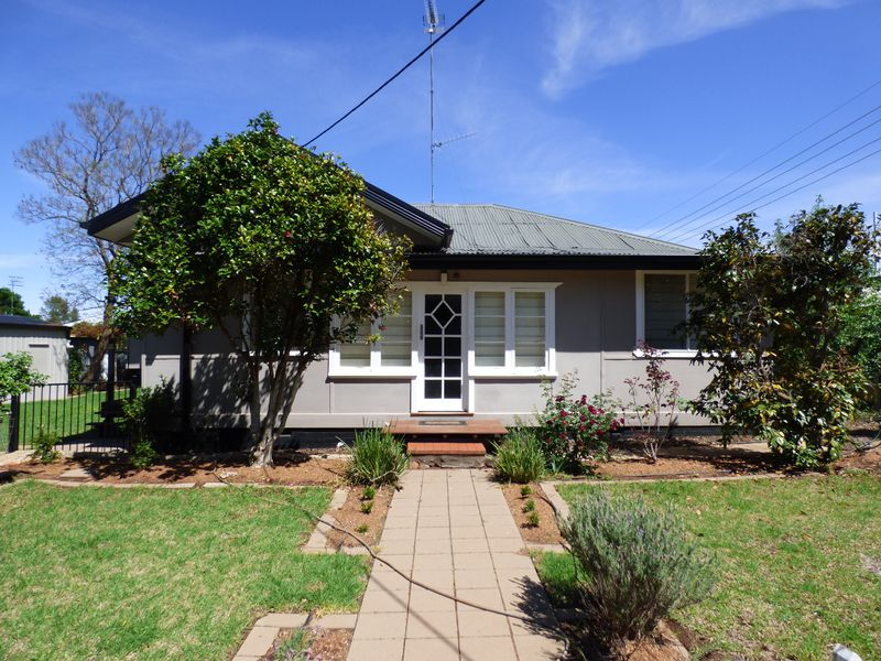 10 Illilliwa Street, Griffith