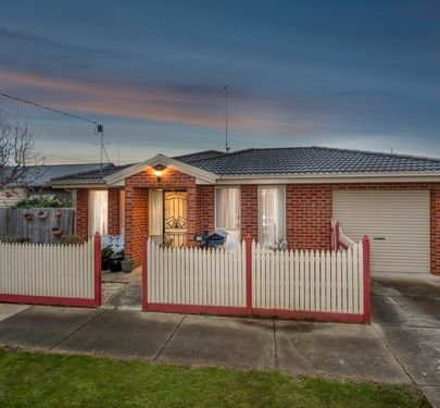 1 / 2 VINCENT COURT, Whittington