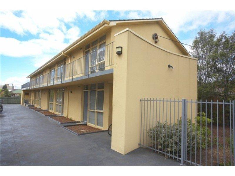 2 / 95-97 Summerhill Road, Footscray