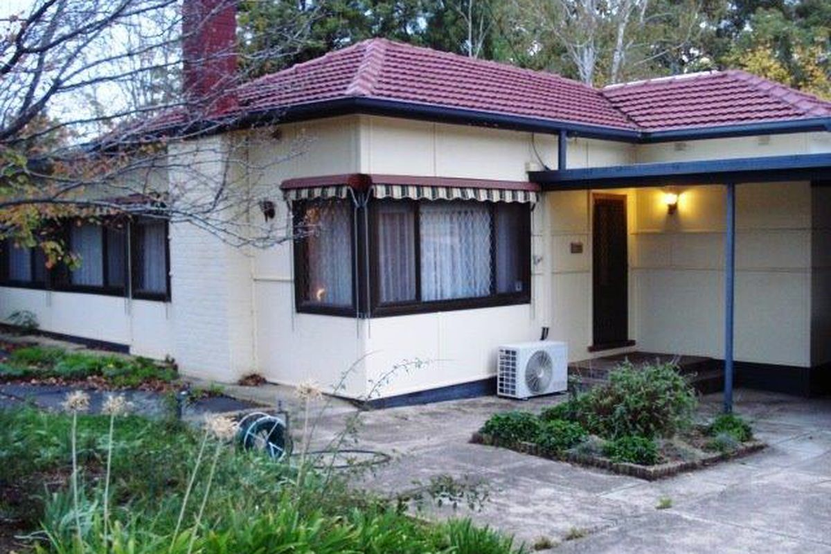 Absolutely Charming Spacious Two Bedroom Home