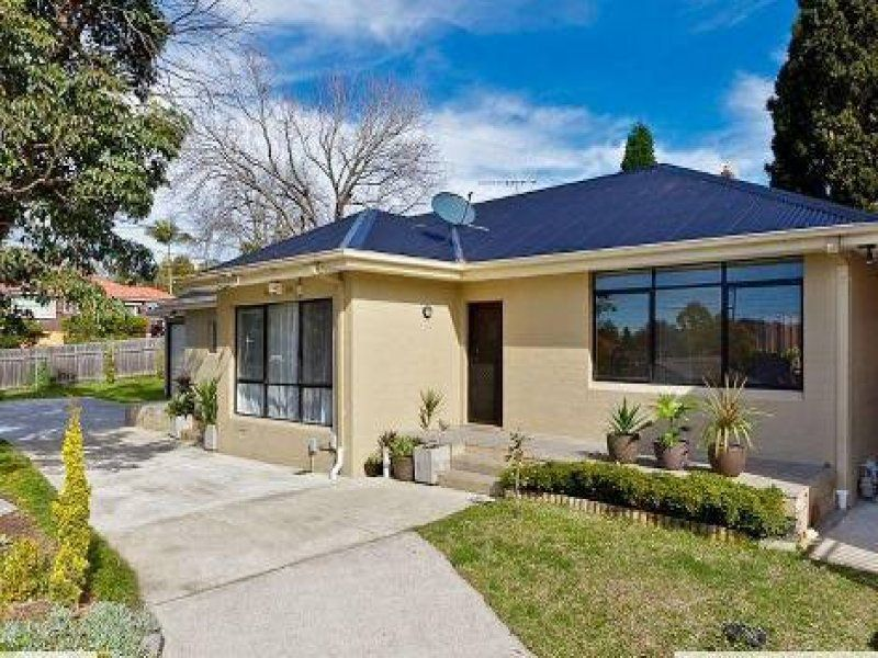 80 Carlingford Road, Epping