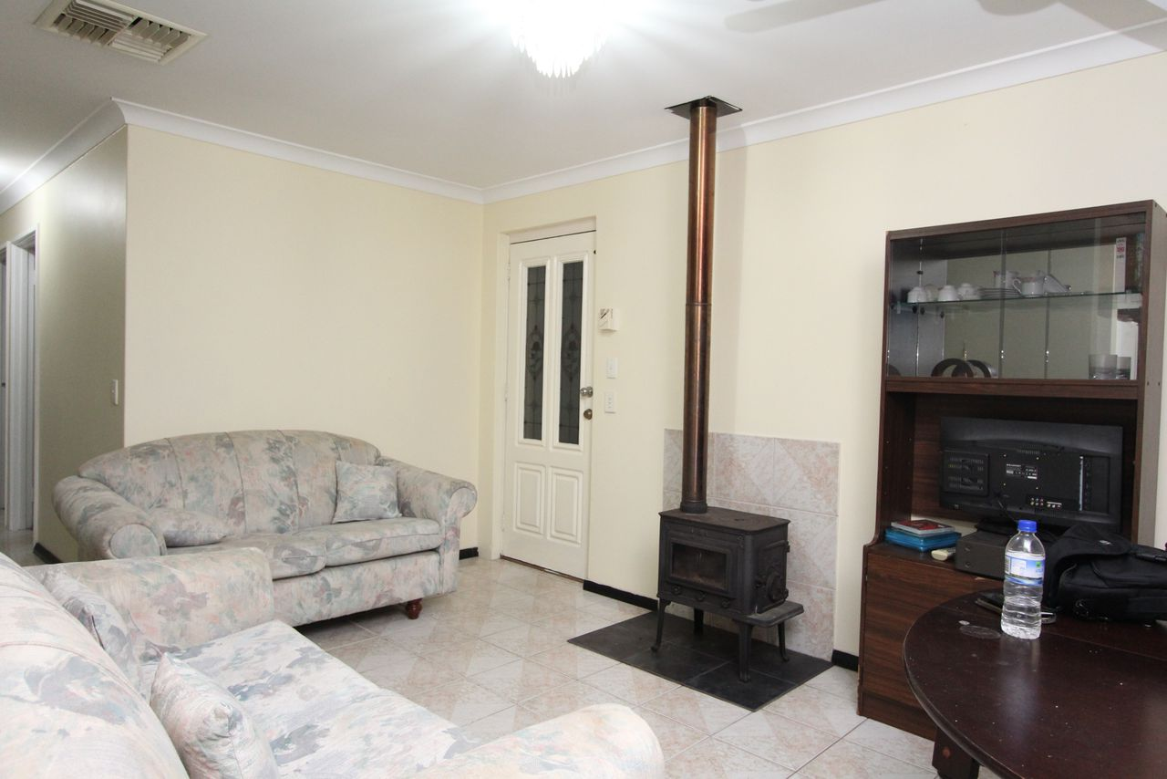 Fully Furnished plus close to Amenities