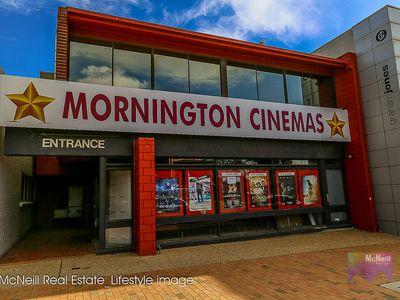 7 Tiller Walk, Mornington