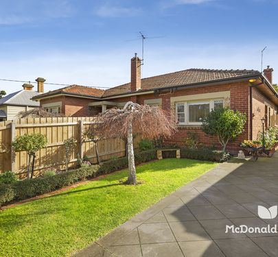 4 Cowper Street, Essendon North