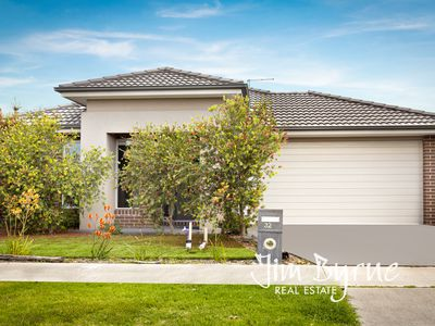 32 Bacchus Road, Cranbourne West