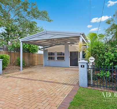 5 O'Connell Street, Redcliffe