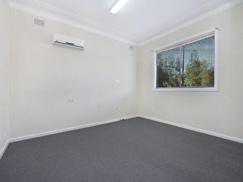 35 North Parade, Mount Druitt