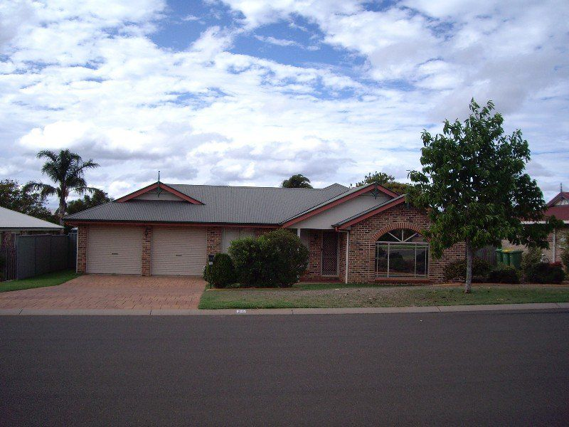 28 Dandelion Drive, Middle Ridge