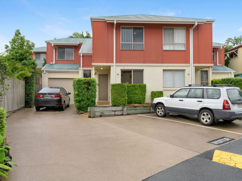20 / 11  Oakmont ave , Oxley
