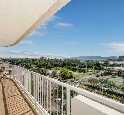 7A / 3-7 The Strand, Townsville City