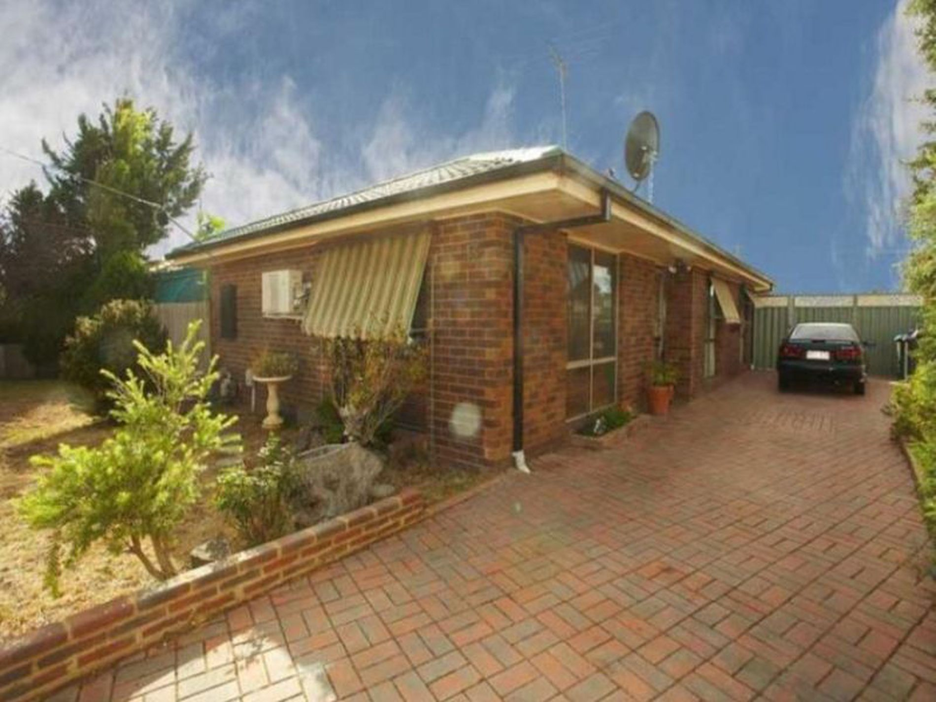 9 Curlew Place, Werribee