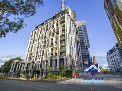 10605 / 2 Figtree Dr, Sydney Olympic Park