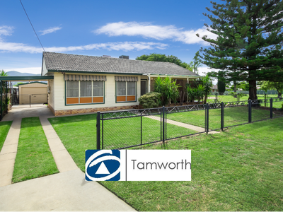 57 Oak Street, Tamworth