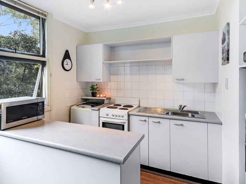 812 / 22 Doris Street, North Sydney