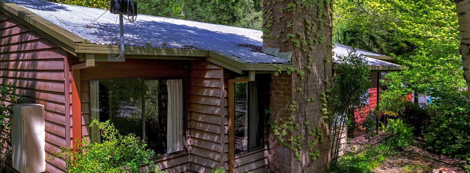 Cabins 13 & 13a Bogong Village, ...