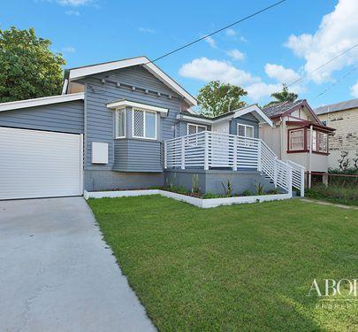 10 Sydney Street, Redcliffe