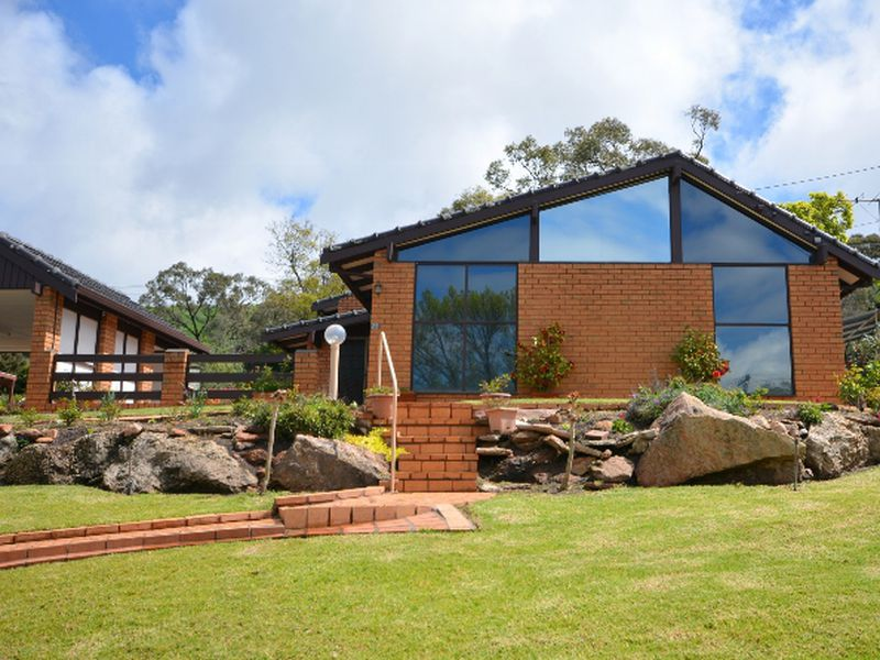 22 Lawford Crescent, Griffith