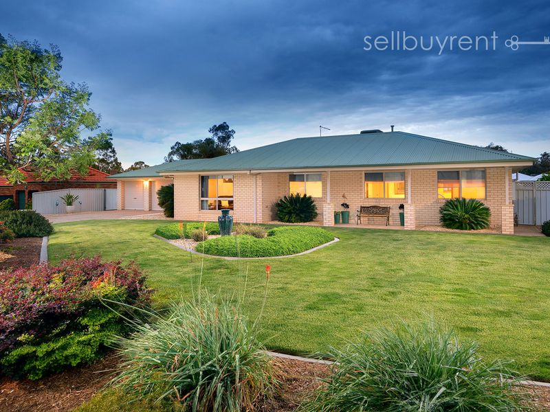 15 GOLFLINKS AVENUE, Wodonga