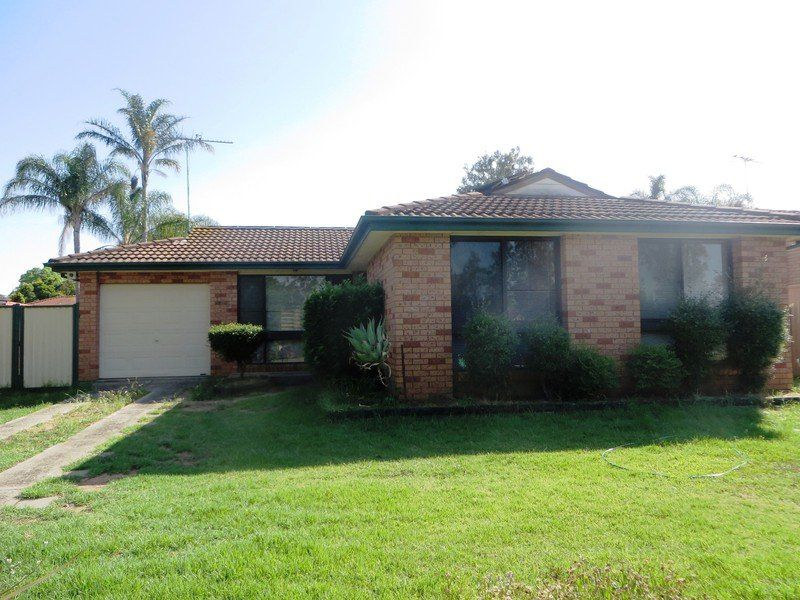 135 Banks Drive, St Clair