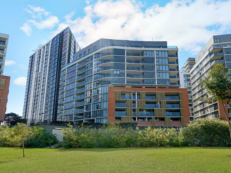 803 / 16 Brodie Spark Drive, Wolli Creek