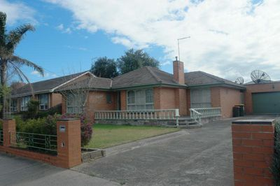 38 Roberts Road, Airport West