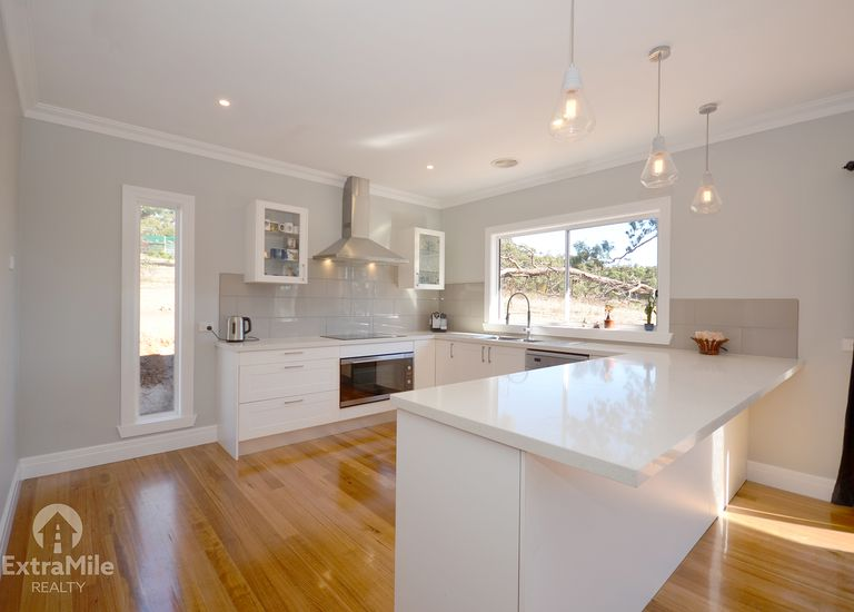 518 Linton-Piggoreet Road, Happy...