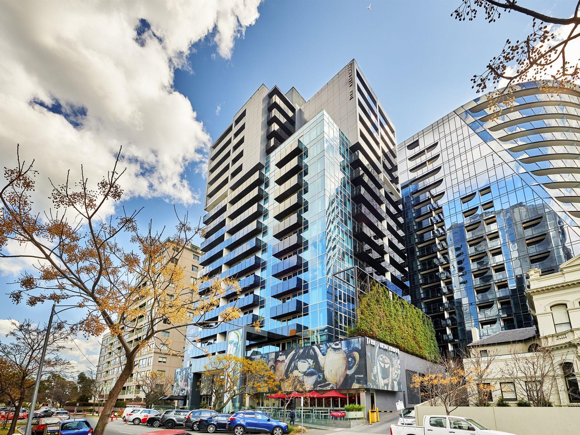 805 / 452 St Kilda Road, Melbourne