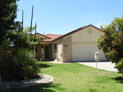 29 Beaus Court, East Albury