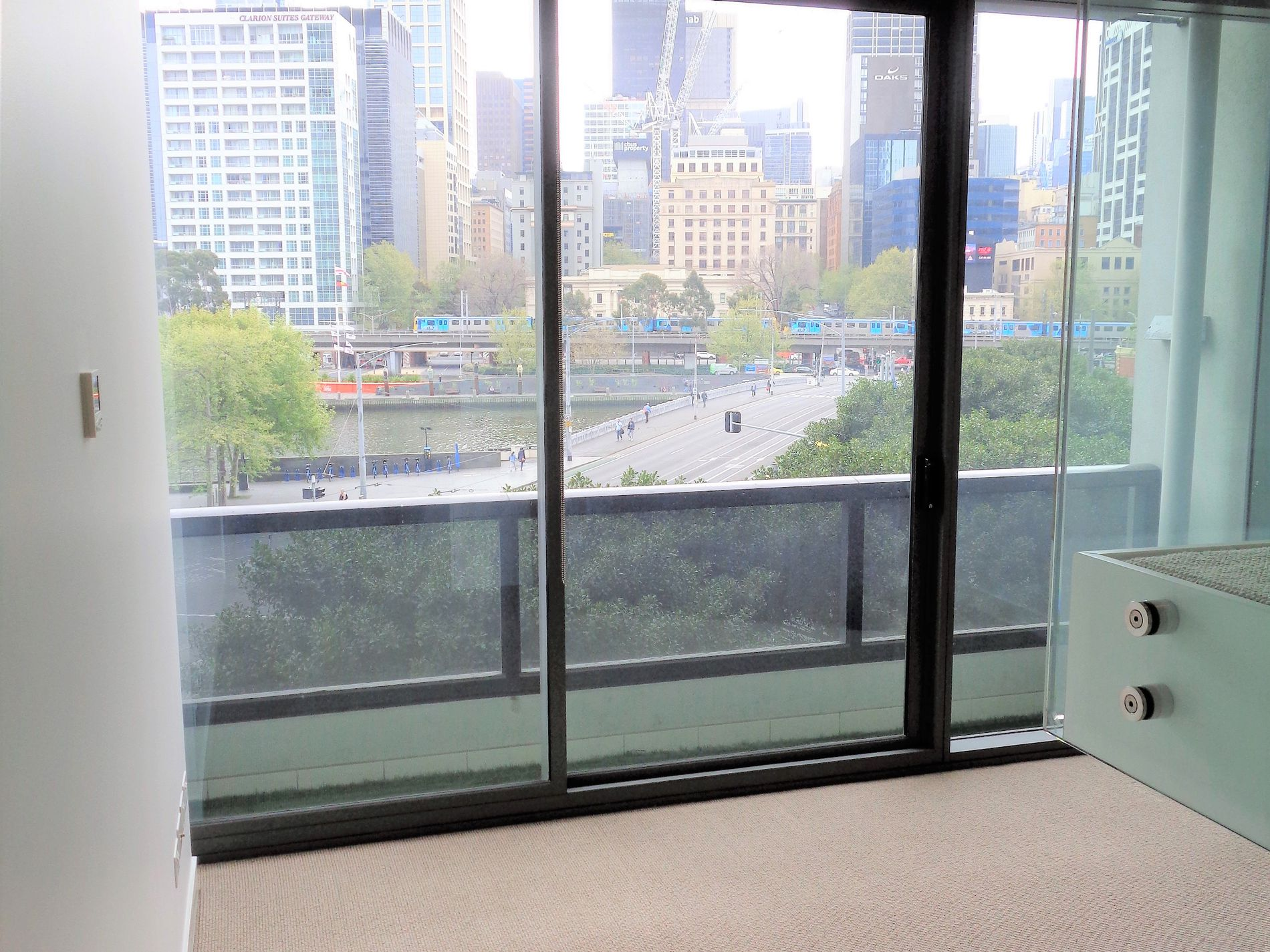 325 / 1 Freshwater Place, Southbank