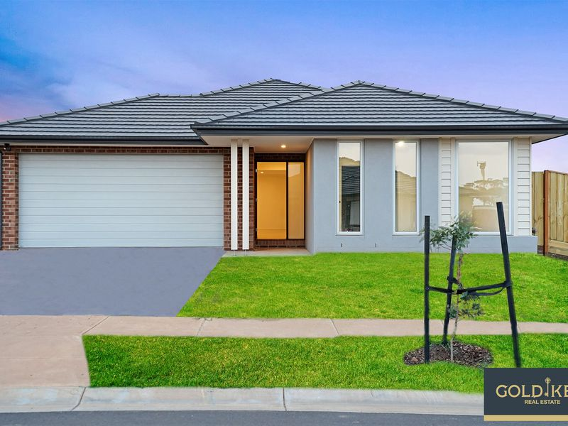 38 Amaretto Circuit, Manor Lakes