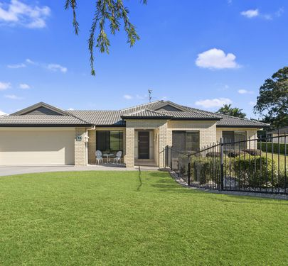 13 Sharyn Place, Glass House Mountains