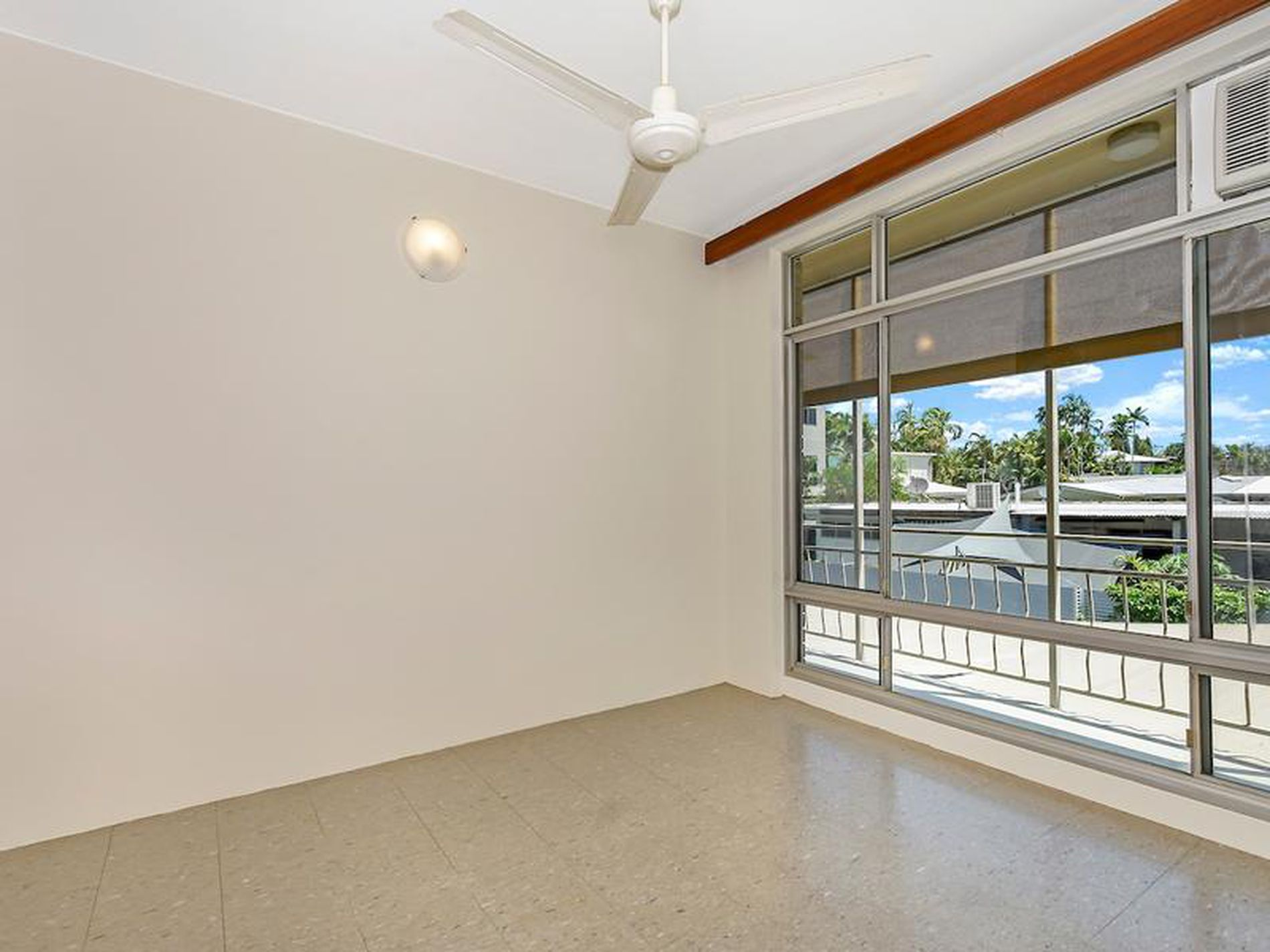 4 / 36 Sergison Circuit, Rapid Creek
